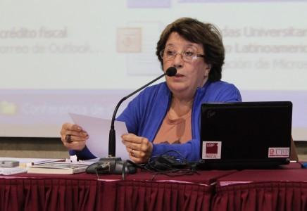 Alicia Nora Corvalán de Mezzano en la UBP