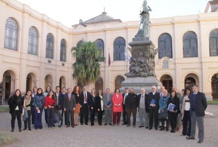 Rectores de la Provincia de Córdoba, junto a directivos de Cáritas y organizaciones dedicadas a prevención de adicciones