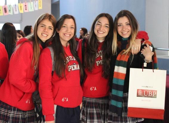 Más de 100 alumnos de sexto año visitaron la UBP
