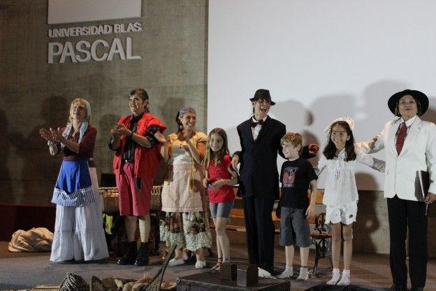 """Obra de teatro: """"El desalojo"""""""