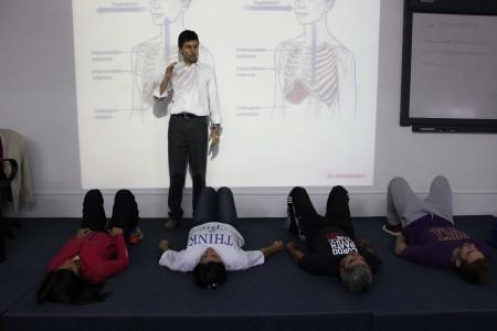 """Capacitación """"El dolor de espalda"""" en la UBP."""