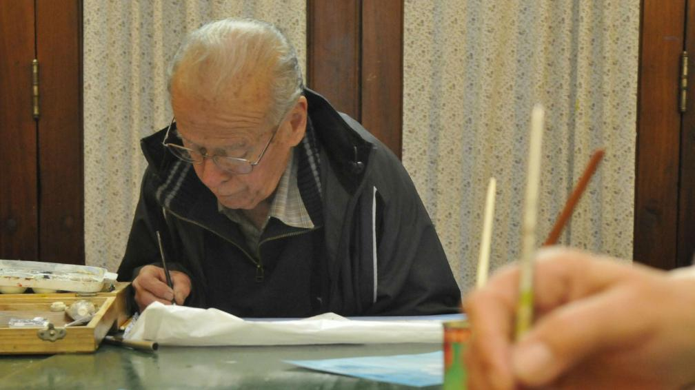La pintura y el dibujo son dos de las capacitaciones más buscadas por los adultos mayores.