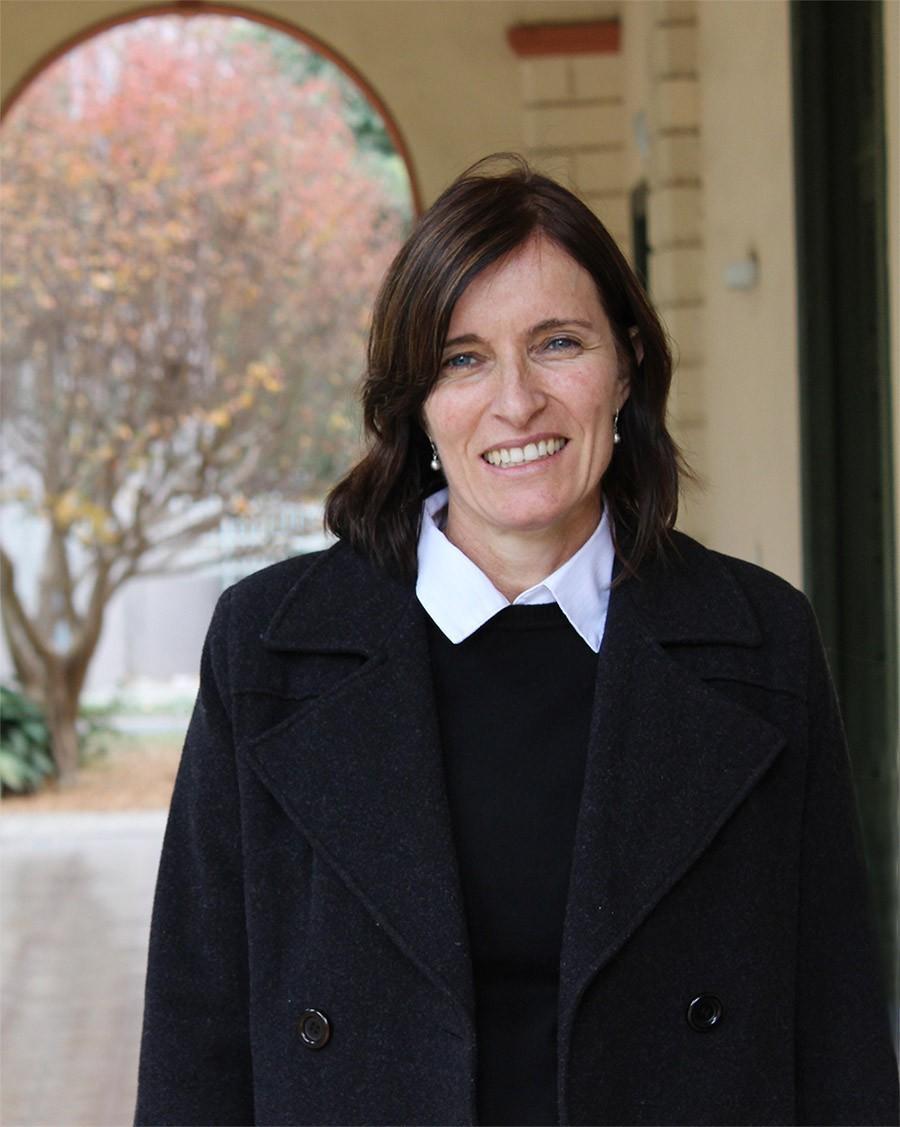 Silvina Aimeri, un cambio estratégico en la Biblioteca UBP
