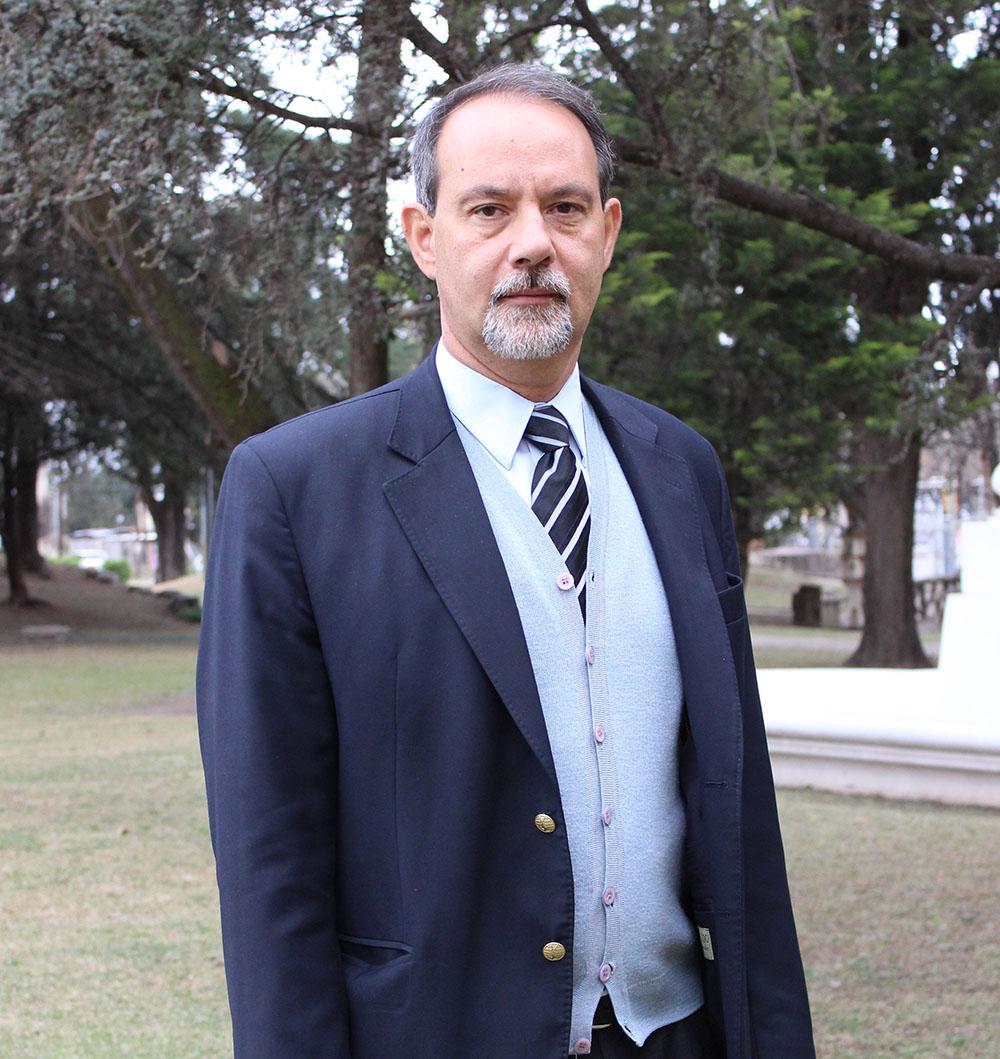 Pasión por el Derecho: docente UBP y Vicedecano de la UNC