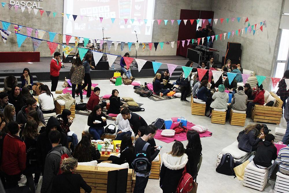 ¡A todo color el Día del Estudiante en la UBP!