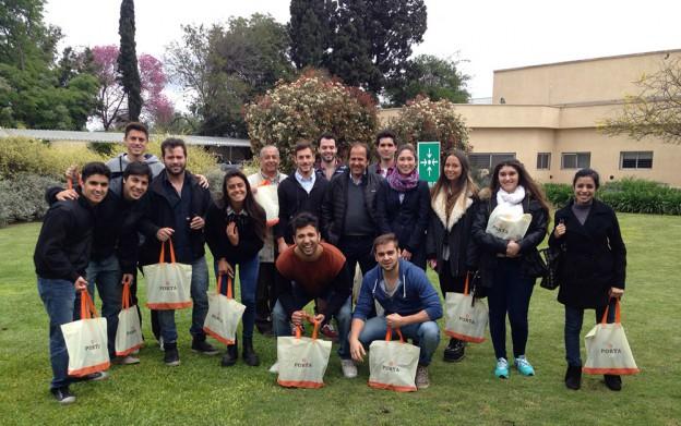 Alumnos visitan la empresa Porta Hnos SA