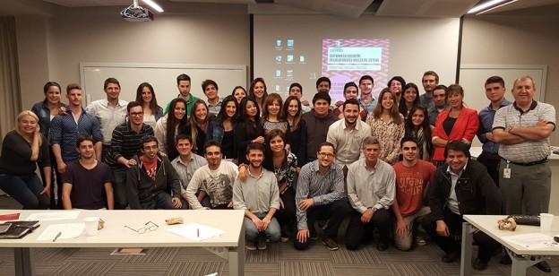 Proyectos sociales en la Cátedra de Innovación Transversal
