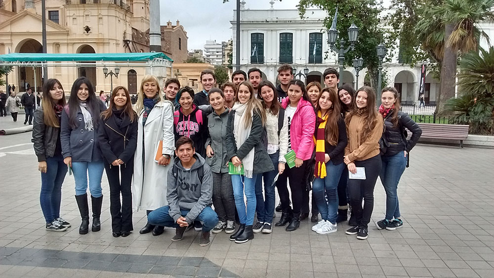 Alumnos UBP visitan el casco histórico de Córdoba