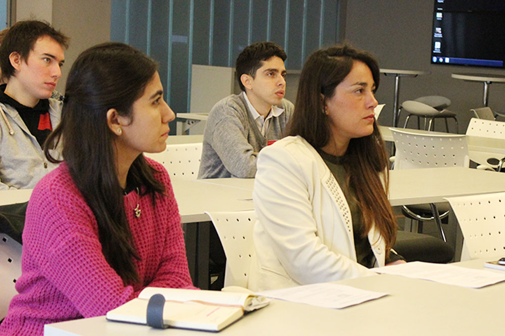 CONICET orientó a potenciales investigadores de la UBP