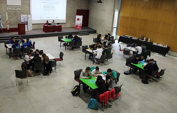 La UBP y Junior Achievment buscan desafiar la innovación