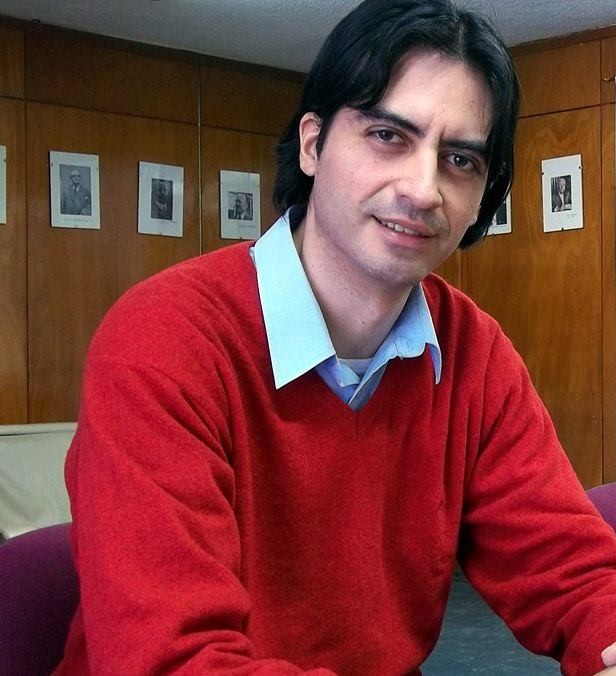 Un nuevo doctor en el cuerpo académico de la UBP