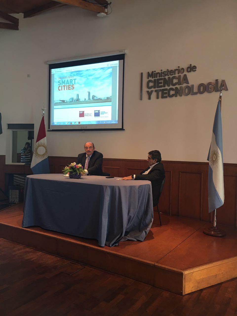 Se lanzó la Diplomatura en Smart Cities en el Ministerio de Ciencia y Tecnología