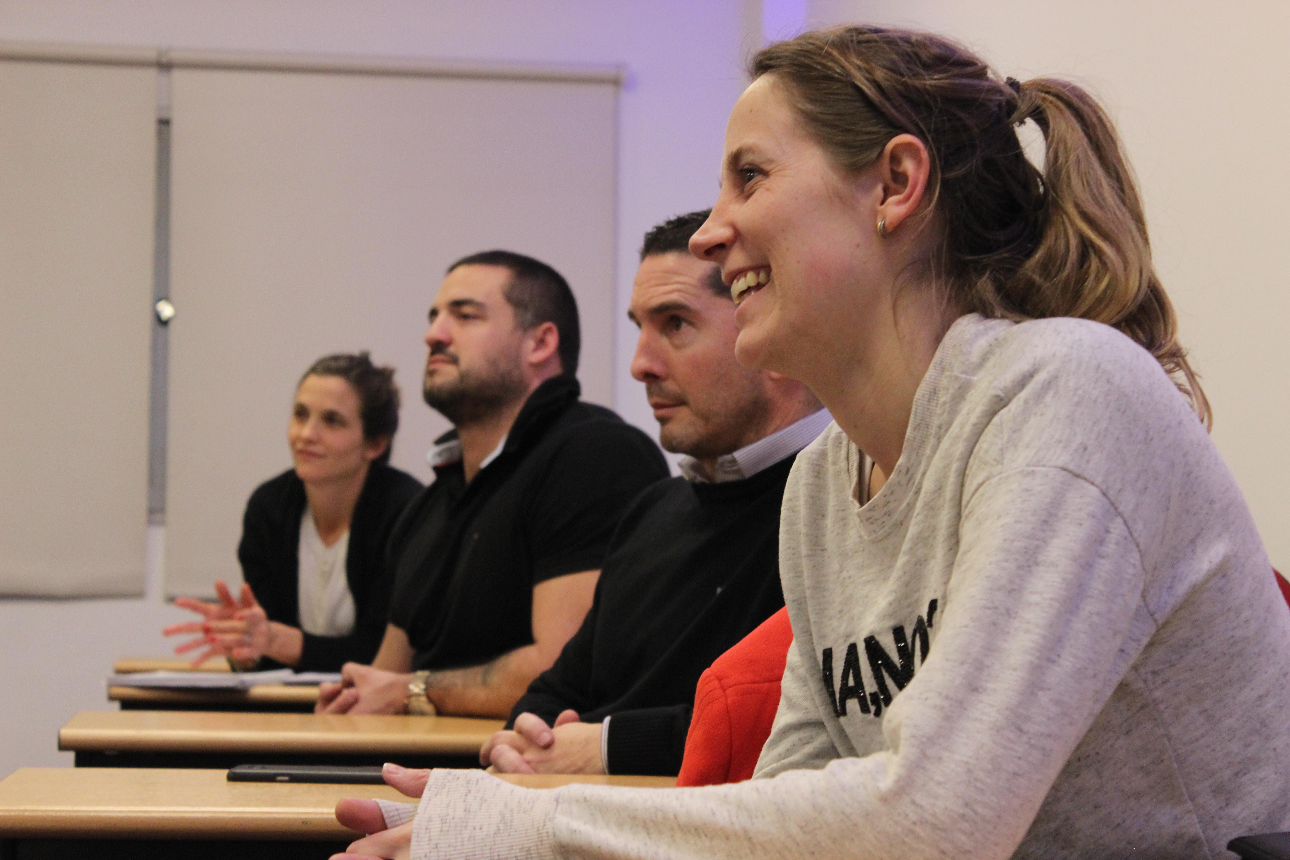 Alumnos del MBA se nutren del marketing y opinión