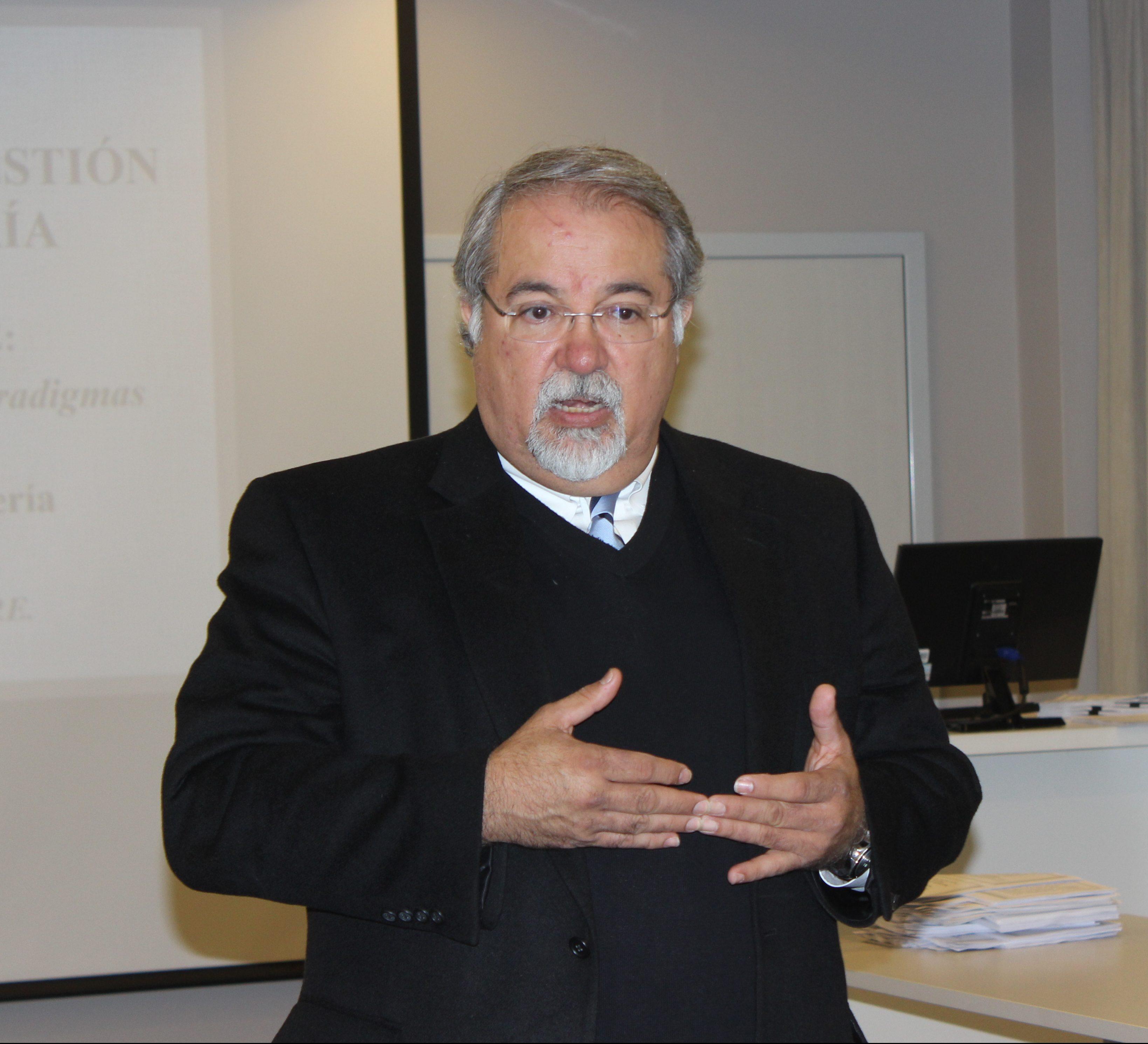 Alumnos del MBA gestionan modelos de negocios de la mano del Dr. Beruvides