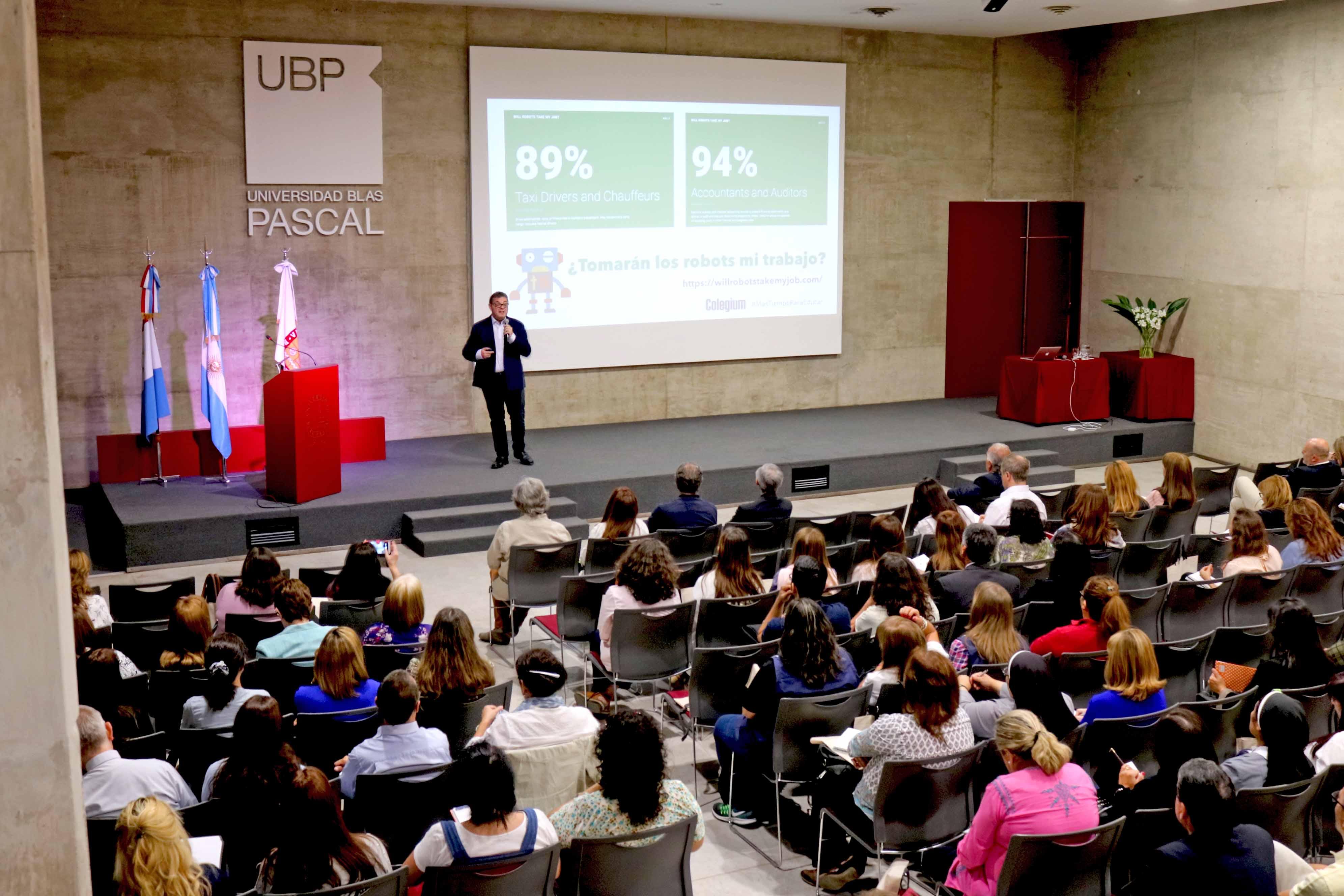Colegios de Córdoba inauguraron su año académico en la UBP