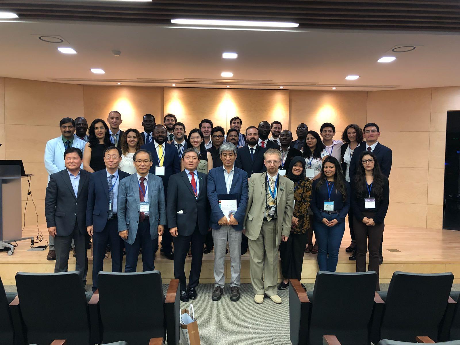 Prof. Carranza expuso en Corea del Sur