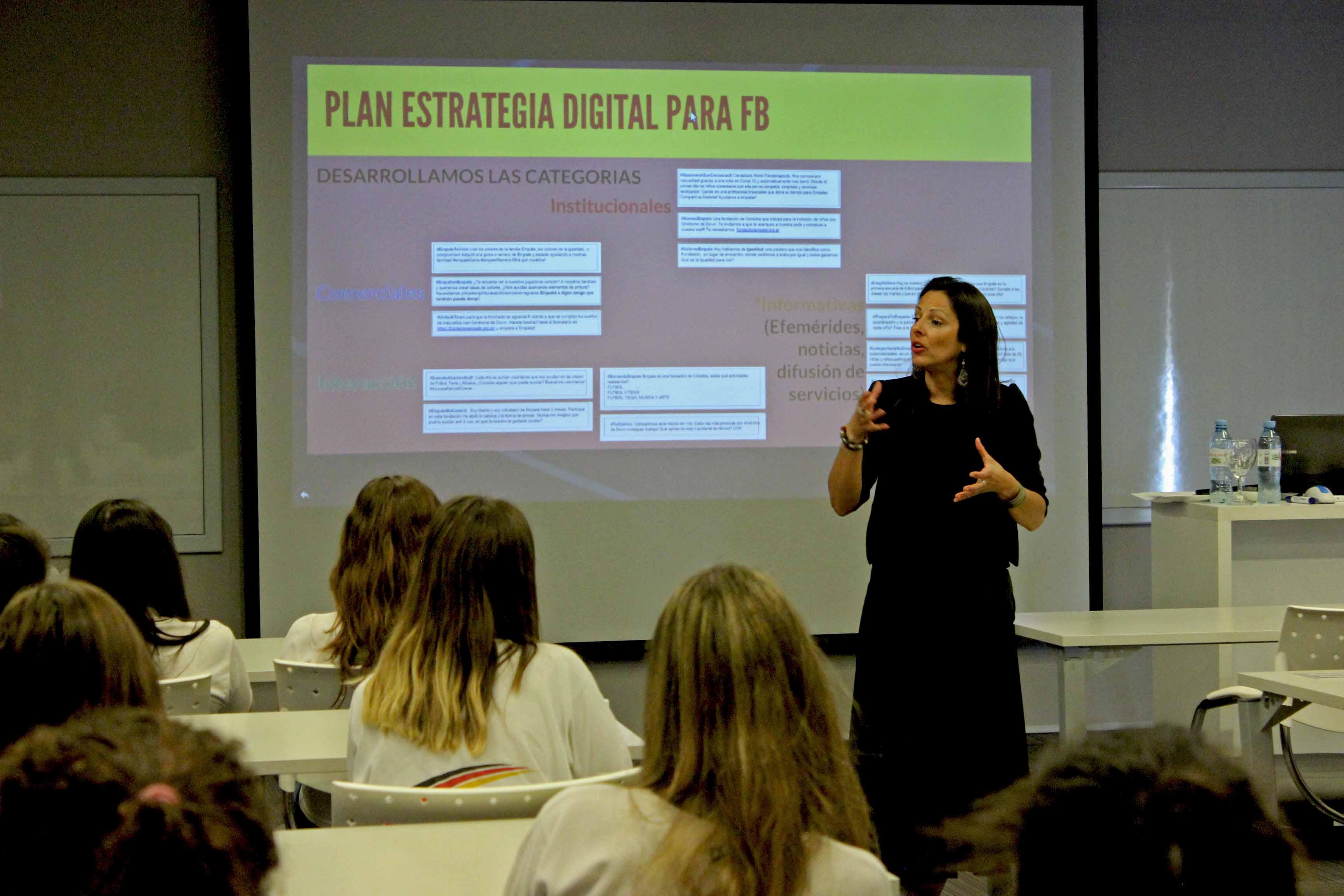 Estudiar comunicación ayudando a una ONG