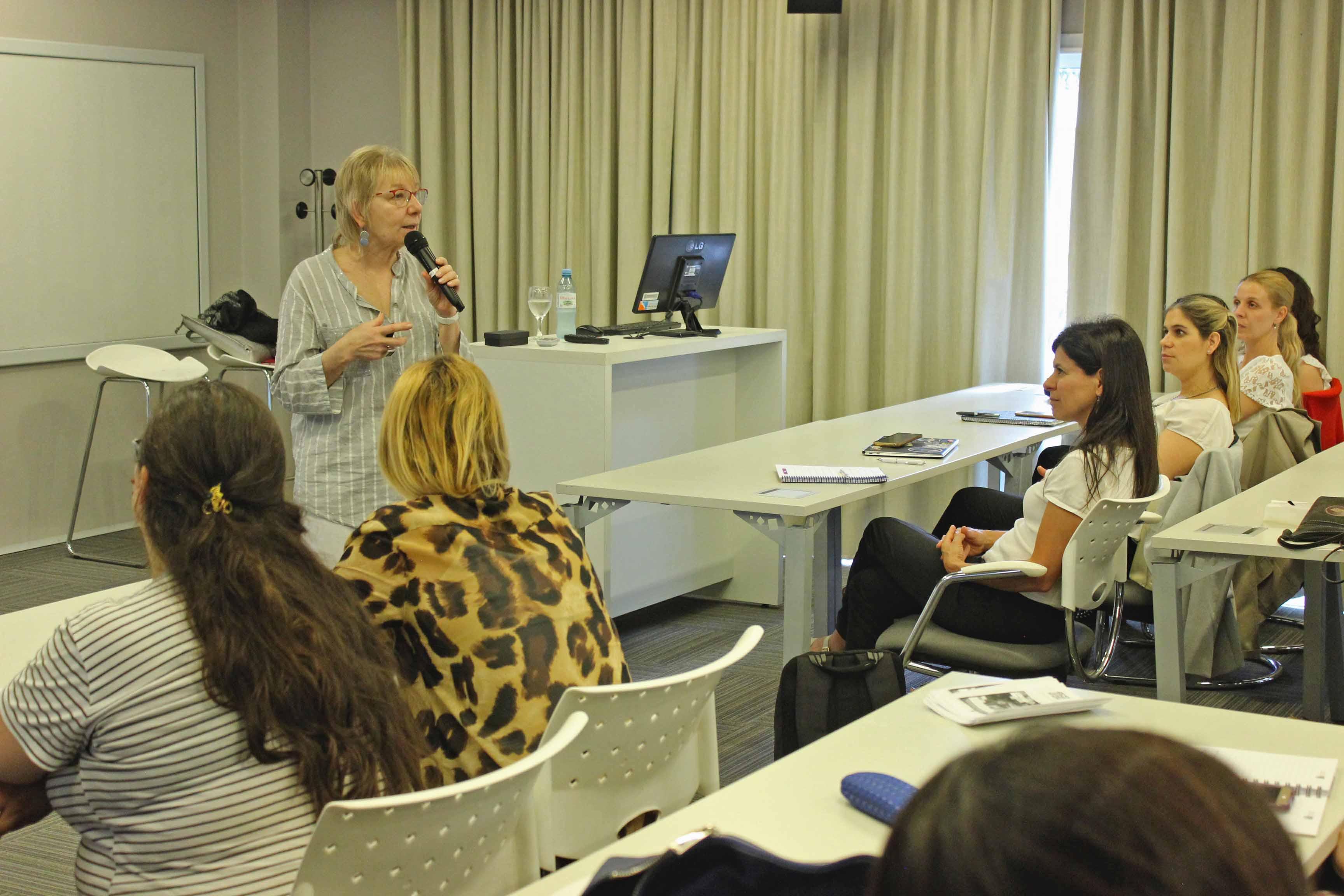 Se reprogramó la conferencia para abordar la diversidad en el aula