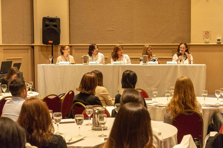 Mujer+Varón: complementariedad en la gestión directiva