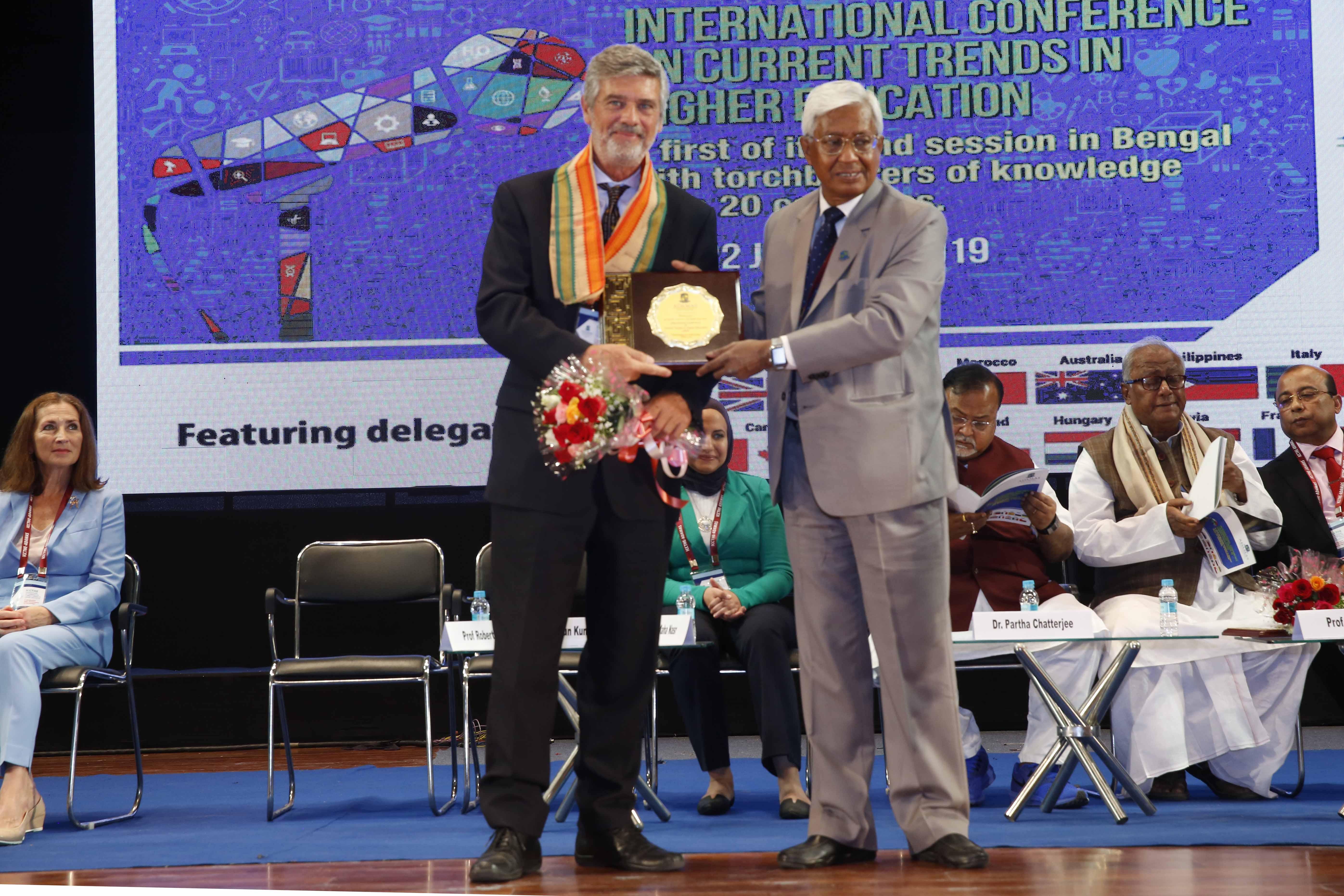 La UBP presentó su experiencia en la India