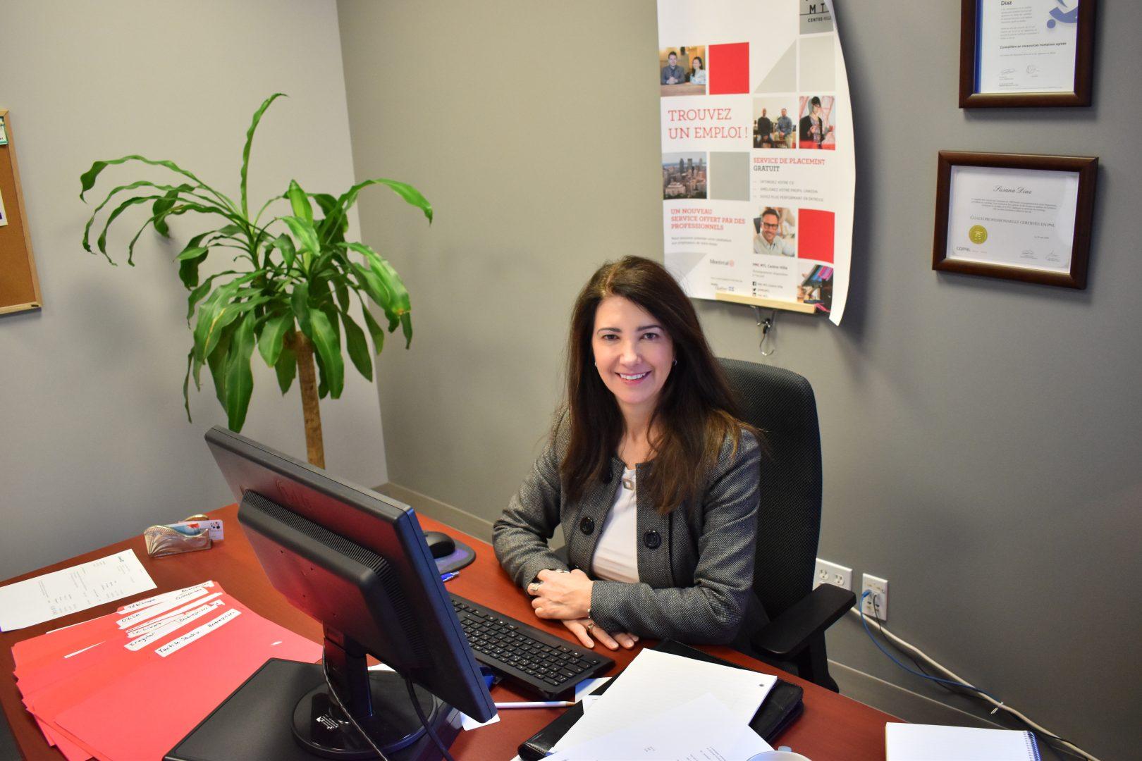 Egresada de Administración se desempeña en Canadá