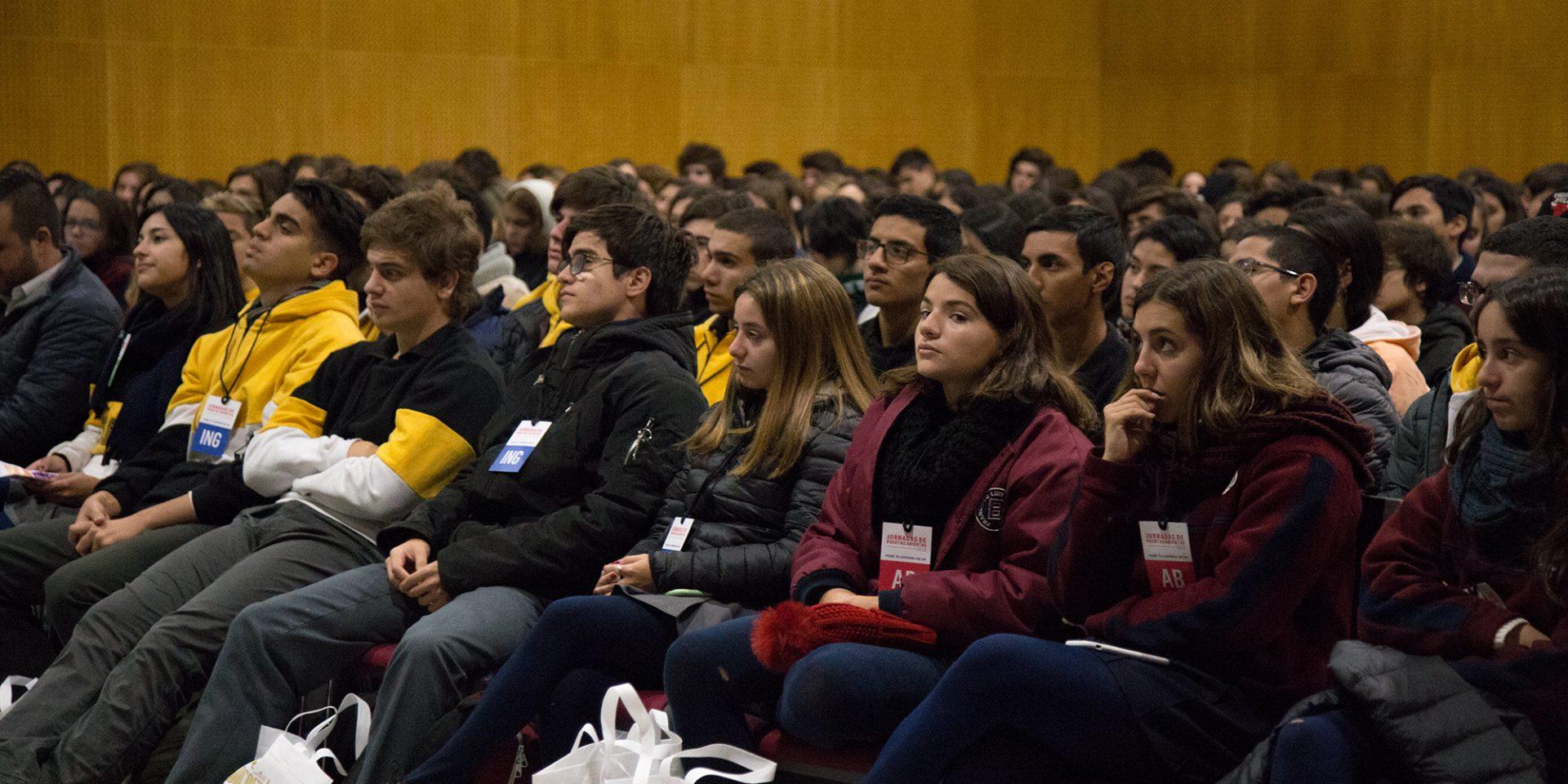 JPA: estudiantes del secundario visitaron la UBP