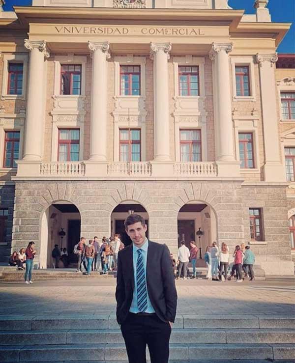 Experiencia UBP: ampliar la formación en España