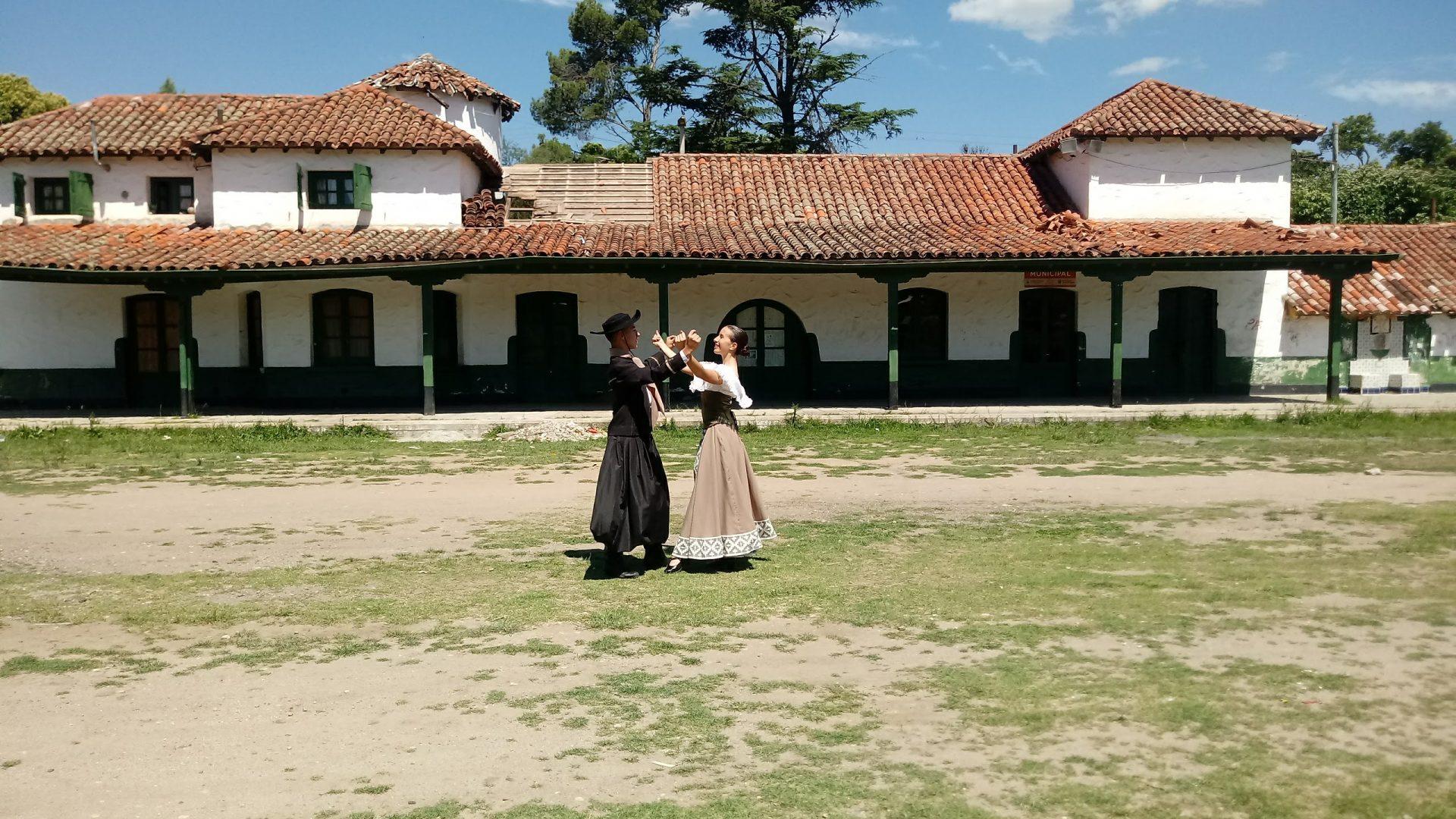 Danzas Vivas: un documental web sobre el folklore argentino