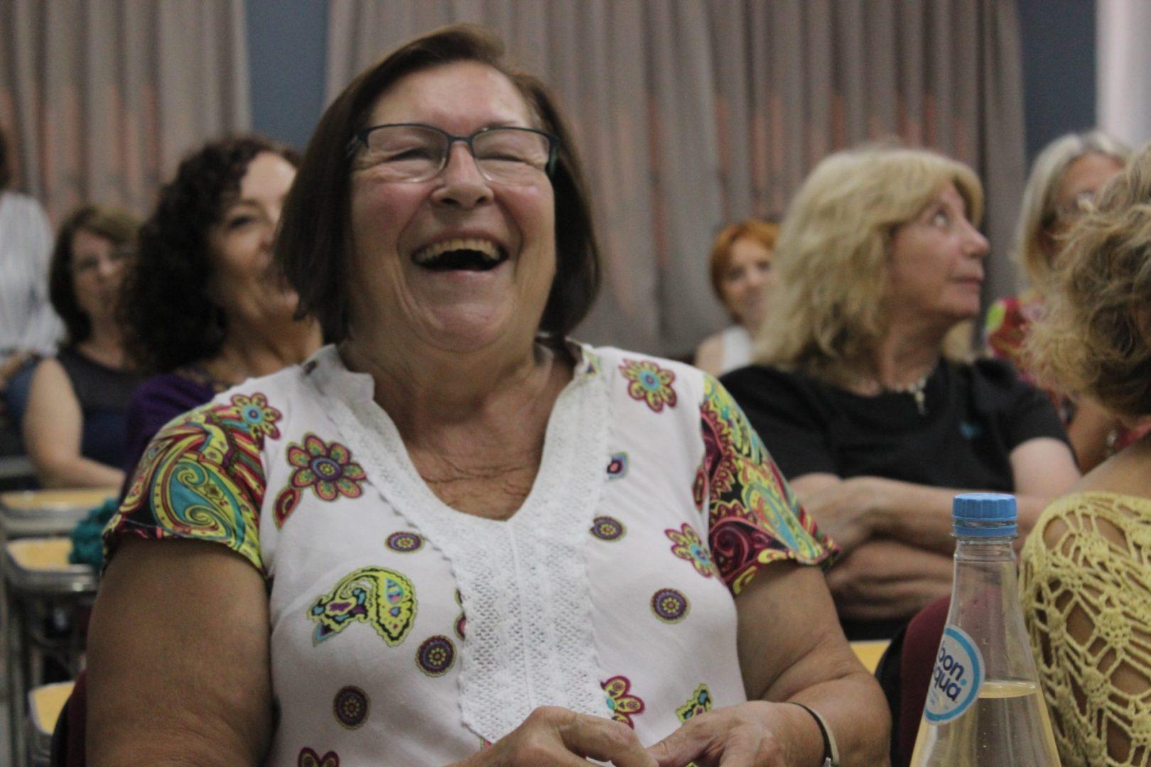 Adultos mayores: están abiertas las inscripciones para cursos y talleres