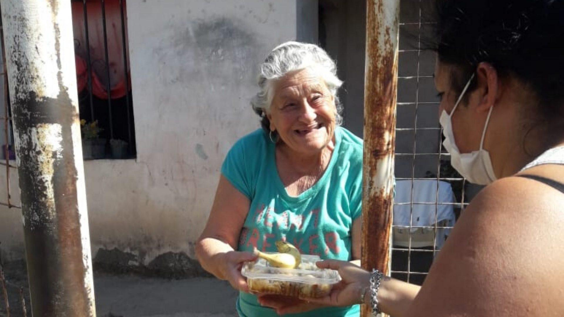 Academia Arguello & UBP, solidarios con los vecinos más necesitados de la zona