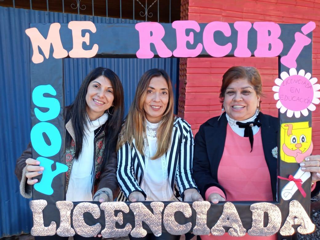 Recibirse en cuarentena: estudiantes defienden su trabajo de modo online
