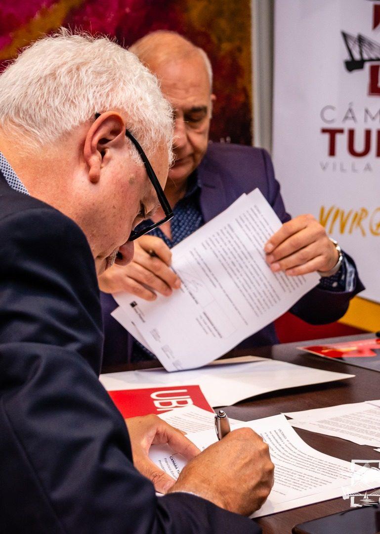 La Cámara de Turismo de Carlos Paz firmó un convenio de prácticas profesionales con la UBP