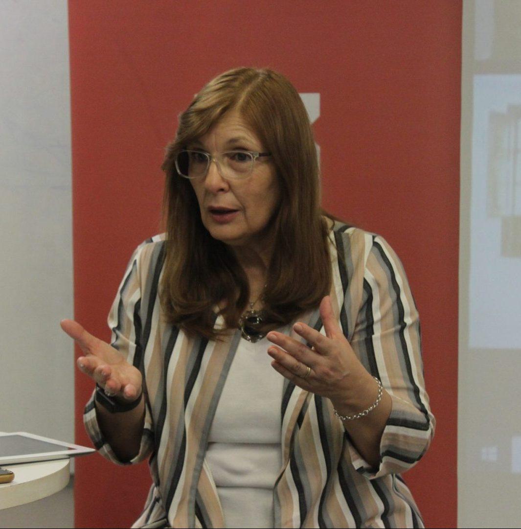 """Corina Lusquiños, sobre el desarrollo de investigaciones: """"A nivel global, América Latina sólo invierte el 1,4%"""""""